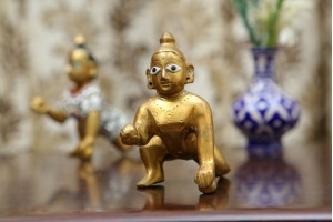 Brass Laddoo gopal Idol