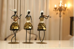 Metal Crafted Set of Women Musicians