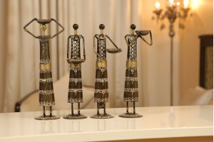 Metal Crafted Set Of Tribal Women