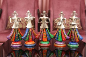 Metal Crafted Set of Women Tribal Musicians