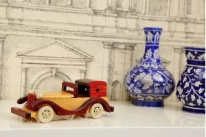 Wooden Car Showpiece