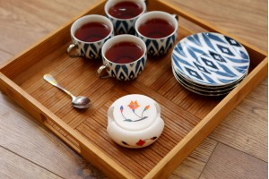 Tea Coaster With Floral Inlay Work : Marble