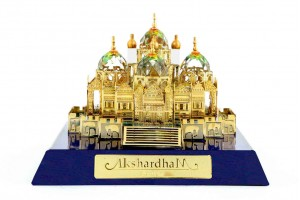 Akshardham Temple Crystal 24 karat Gold Plated -4 ...