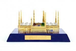 Al-Masjid-Al-Nawabi (Madina)Crystal 24 karat Gold ...