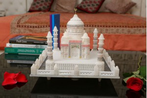 Marble Crafted Taj Mahal-25 cm