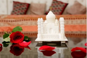 Marble Crafted Taj Mahal-10 cm