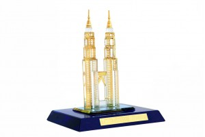 Twin Tower Crystal 24 Karat Gold Plated-8 cm