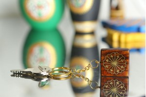 Wooden Key Chain with Tarkashi Floral Pattern