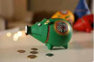 Piggy Bank Green: Terracotta