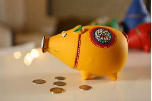 Piggy Bank Yellow: Terracotta