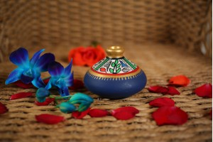 Terracotta Flat Warli Vase-6 cm
